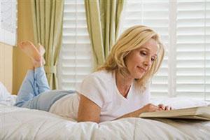 Чтение в постели ухудшает женское здоровье