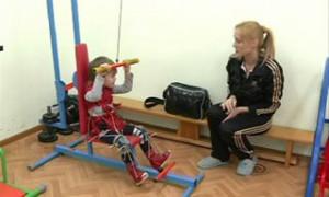 В Смоленском центре «Вишенки» с помощью уникальных методик ставят на ноги больных детей