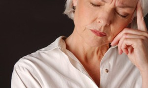 Диета в период менопаузы грозит женщинам облысением