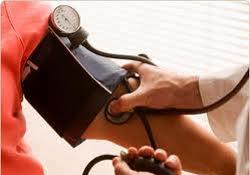 Даже незначительно повышенное давление чревато инсультом