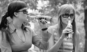 Алкоголь — враг для вашей фигуры