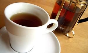 Черный чай тормозит развитие катаракты