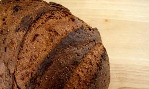 Черный хлеб оздоравливает сердце и сосуды