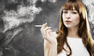Секреты ухода за собой для курящих женщин