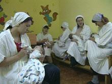 Детьми заключенных должен заниматься Минздрав, уверены эксперты