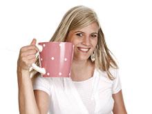 Кофеин в рационе кормящей матери не мешает ребенку спать