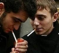 Курящие мужчины наносят вред здоровью своего будущего ребенка