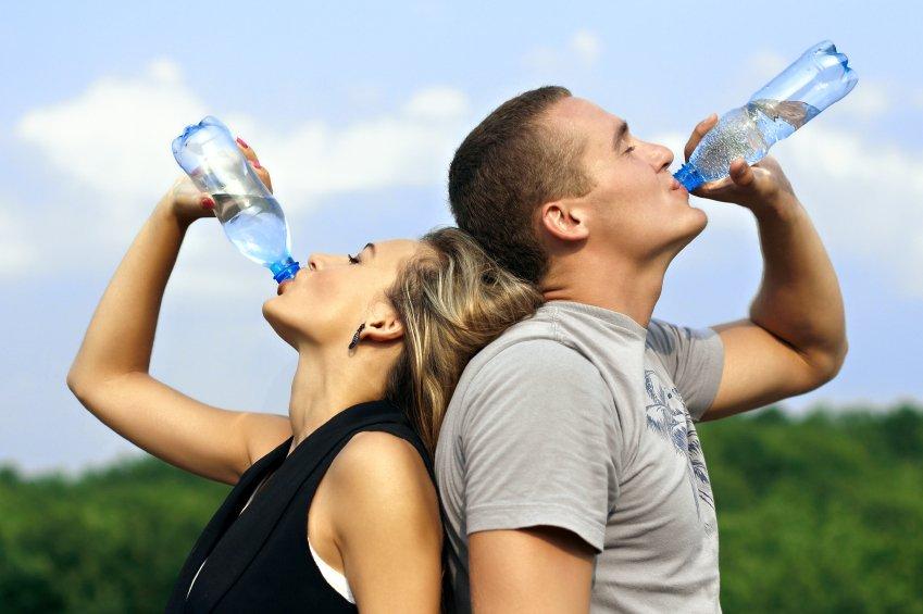 Вода: сколько пить, польза воды, режим питья