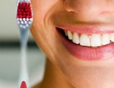 Очищаем зубы от камня в домашних условиях