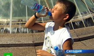 Старикам и детям окажут дополнительную медпомощь в связи с жарой
