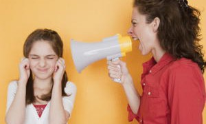 Психологическое насилие над ребенком столь же вредно, что и физическое