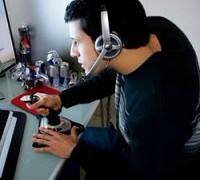 Видеоигры способствуют неосторожной езде за рулем