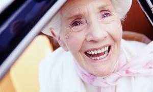 Пожилые водители ездят лучше молодых!