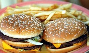Почему от гамбургеров и картошки фри повышается давление