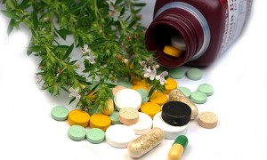 Чем опасны биологически активные добавки (БАДы) для мужчин?