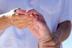 Новый препарат для лечения ревматоидного артрита эффективен, но опасен