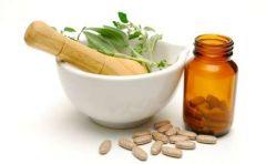 Чем опасна фитотерапия: взаимодействие трав и лекарств