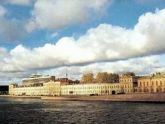 ВМА останется в центре Санкт-Петербурга