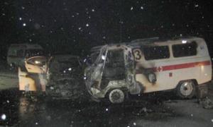 Лишенный прав водитель врезался в «скорую» в Свердловской области