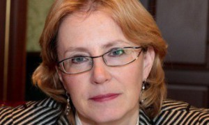 Скворцова обвинила главврачей в разворовывании зарплат подчиненных