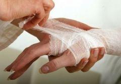Как правильно лечить раны и царапины?