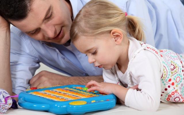 Электронные игрушки для детей — хорошо или плохо?