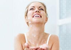 Правильно подобранная схема лечения прыщей очищает лицо на 99%