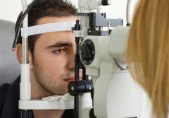 Новая лазерная коррекция зрения предотвратит осложнения после операции