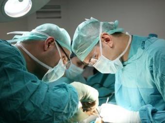 Немецкого трансплантолога судят за фальсификацию данных пациентов