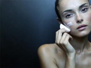 Как эффективно бороться со многими проблемами кожи