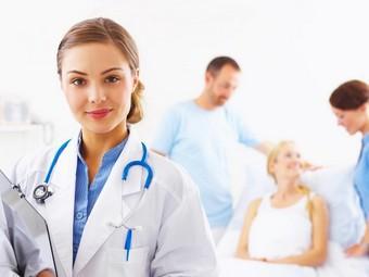 Треть российских врачей хотят работать в частных клиниках