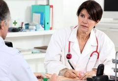 Почему на прием лучше записываться к врачу-женщине?