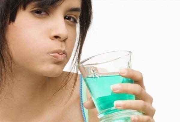 «Умное» полоскание для рта обещает избавить от кариеса раз и навсегда