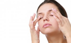 Массаж глаз для улучшения зрения по мнению специалистов