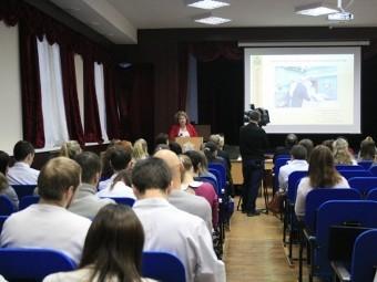 В Новгородской области не хватает 233 медика