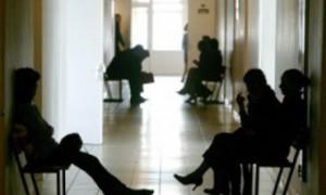 В поликлинике Екатеринбурга умерла ожидавшая приема врача женщина