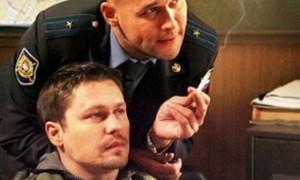 Жириновский предложил продавать сигареты по справкам
