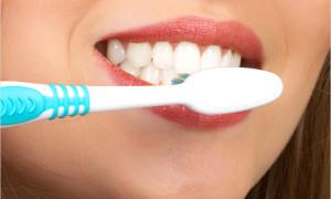 Зубной щеткой – против кариеса и инфаркта