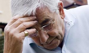 Смена очков может повысить риск падения у пожилых людей