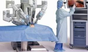 В России сконструируют первого отечественного робота-хирурга