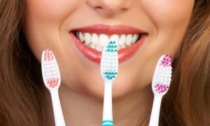 Уход за зубами: пасты, щетки, нитки