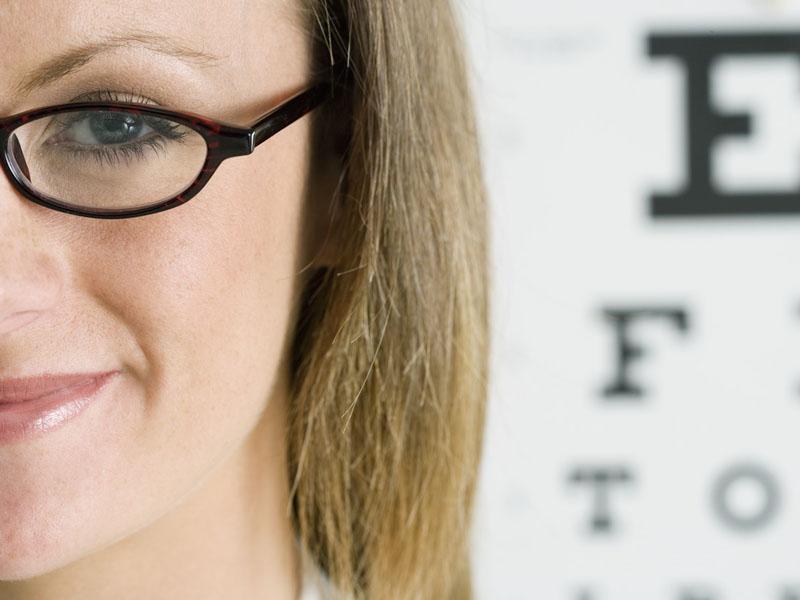 Как сохранить зрение: диета и зарядка для глаз