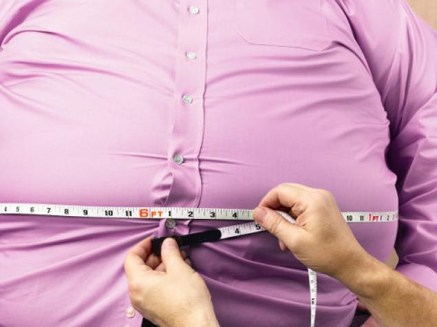 Ученые сообщили, что тучные люди на 40% менее продуктивны в работе