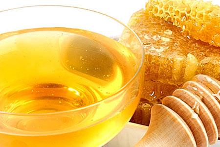 Чем мёд полезен для глаз