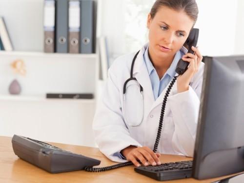 Московские врачи теперь принимают пациентов по телефону