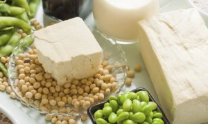 Соевые продукты обвинили в стимулировании развития рака молочной железы
