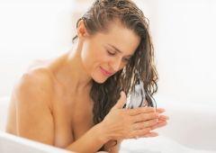 Как не испортить волосы феном и утюжком?