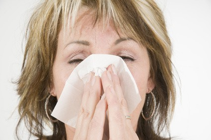 Как быстро избавиться от насморка: 3 простых способа