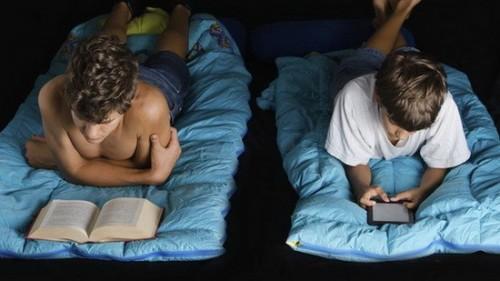 Использование планшетов перед сном признали вредным для здоровья
