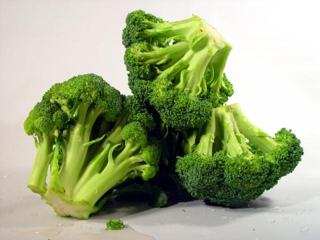 Лечить рак помогут брокколи и чеснок